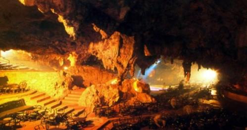 guacara-taina-cavern-bar-560x295